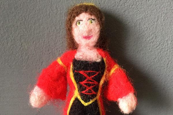 Petite poupée Gaea